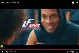 Comercial esportivo tem Ronaldinho herói e contrastes em favela do Rio; Assista vídeo