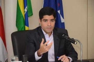 O que quebrou o Brasil foi o estelionato eleitoral cometido em 2014, diz Neto