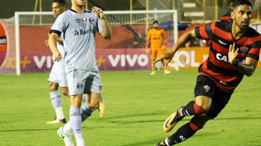 Vitória encara o Grêmio fora de casa para se manter fora da zona de rebaixamento