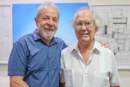 Ativista que venceu Nobel da Paz diz que vai indicar Lula para o prêmio