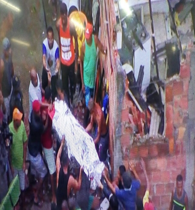 Prédio desaba em Pituaçu; três pessoas ficam feridas e uma morta