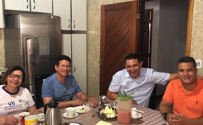 Alexandre Marques levando sua pré-candidatura à deputado federal para toda a Bahia