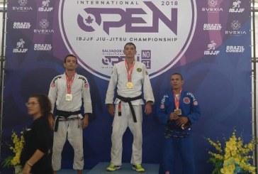 Atleta de Lauro de Freitas ganha etapa do Campeonato Internacional de Jiu-jitsu em Salvador