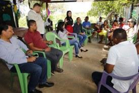 Moema se reúne com moradores do Quingoma e ouve demandas