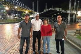 Secretário Carlucho acompanhando os ajustes finais do São João de Lauro de Freitas
