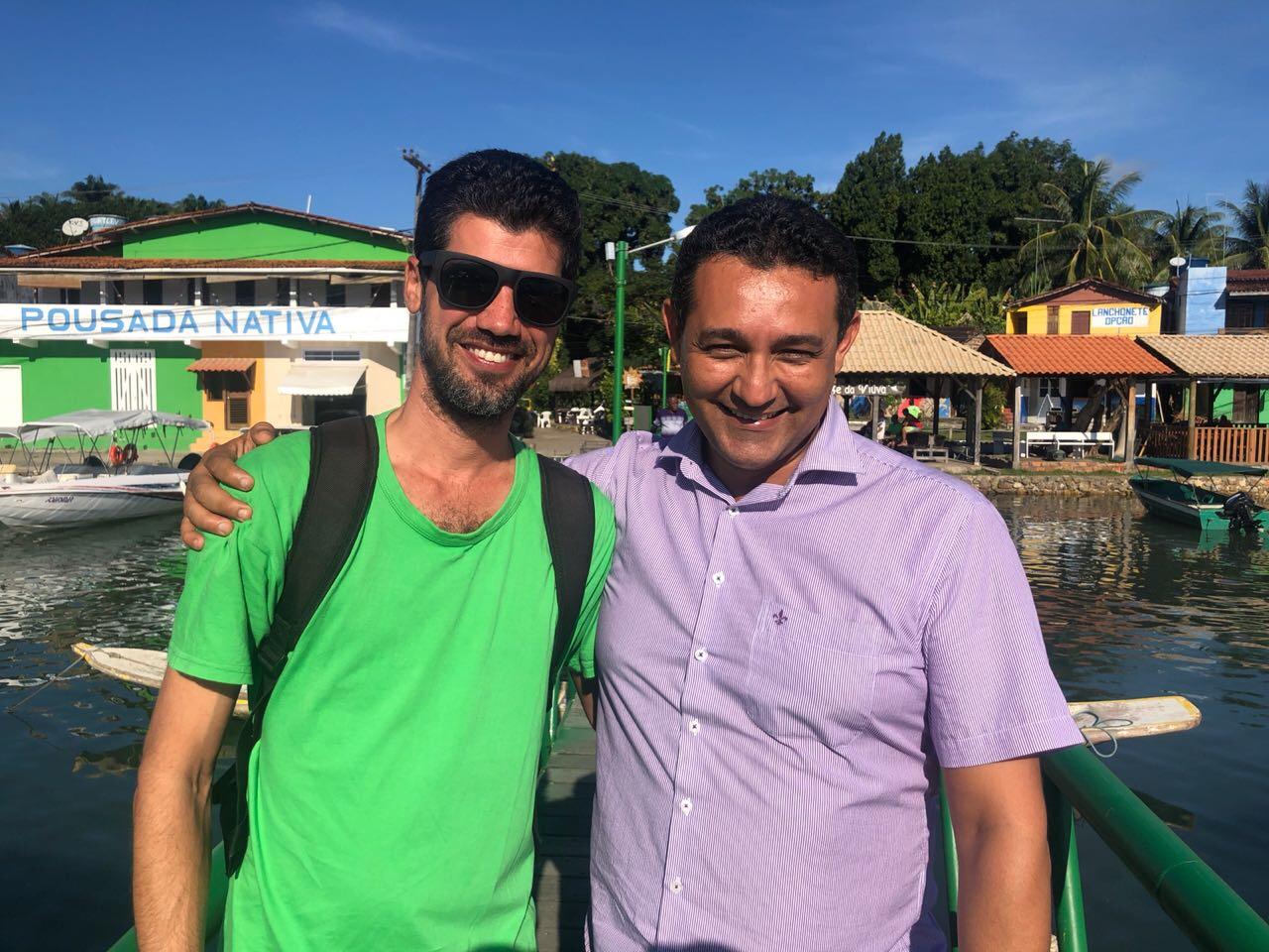 Em Moreré, Alexandre Marques conhece brilhante trabalho social de líder comunitário