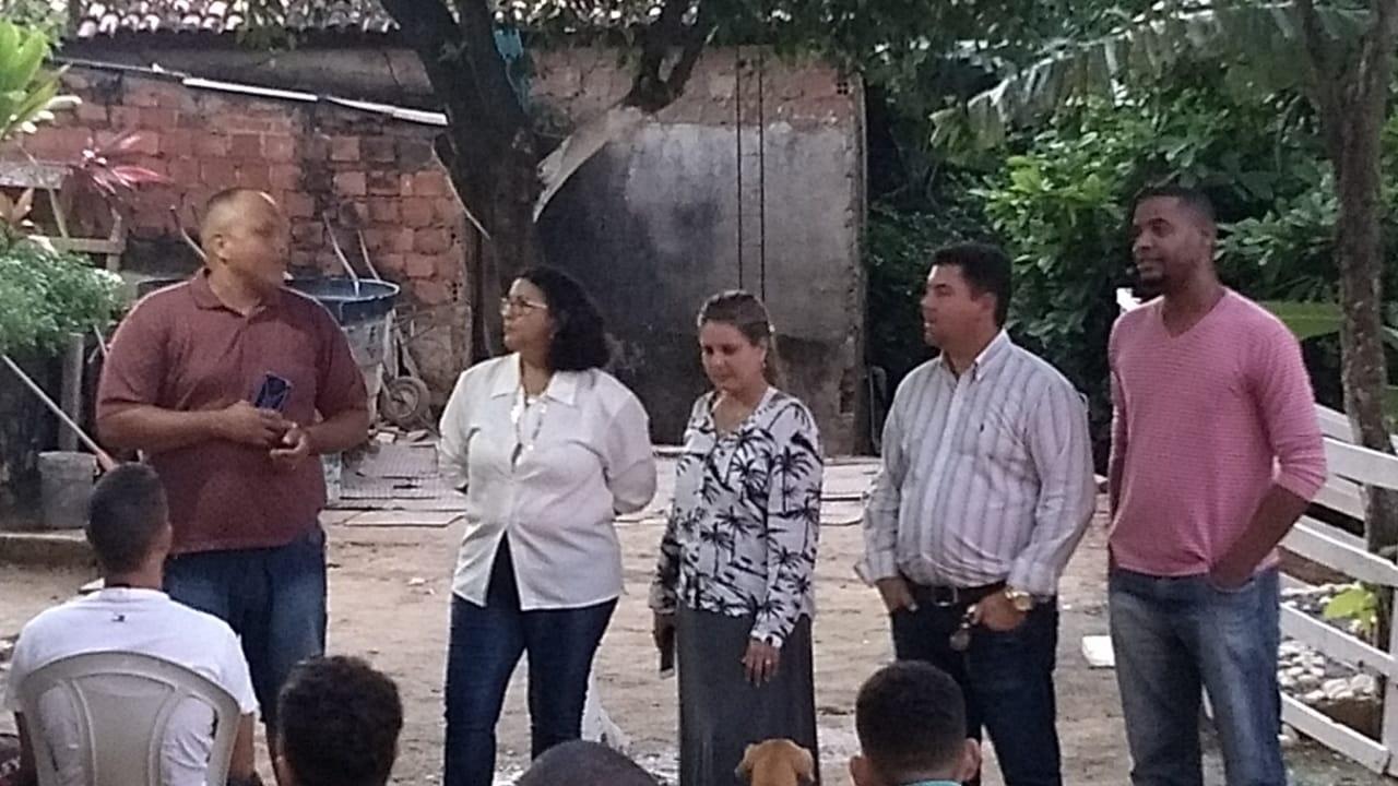 Alex Simões visita Instituição que trata usuários de drogas