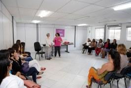 SPM leva debate sobre atuação feminina a servidoras de Lauro de Freitas