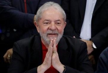 Com mais de 4 mil doações, Lula lidera arrecadação de vaquinha virtual
