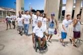 MANASSÉS leva pessoas com deficiência física para partidos de futebol.