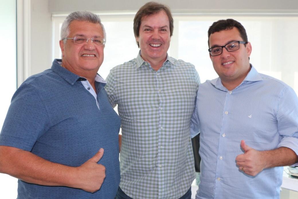 Trindade retira candidatura e declara apoio a Alex Lima e Bacelar