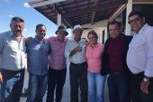 Deputada Mirela firme e forte em Riachão do Jacuípe com o prefeito e seis vereadores