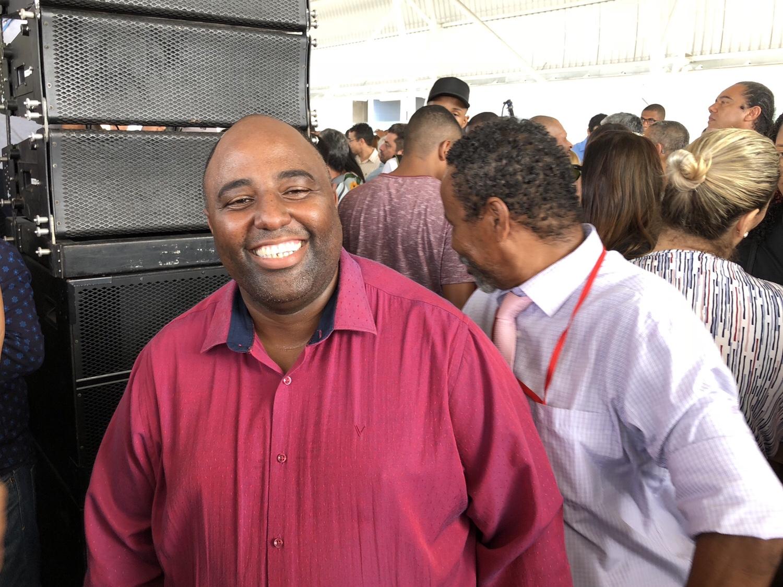 Pastor Isaac Teixeira, coordenador executivo da Semdesc participou da entrega da Estação de Transbordo do Metrô de Lauro de Freitas